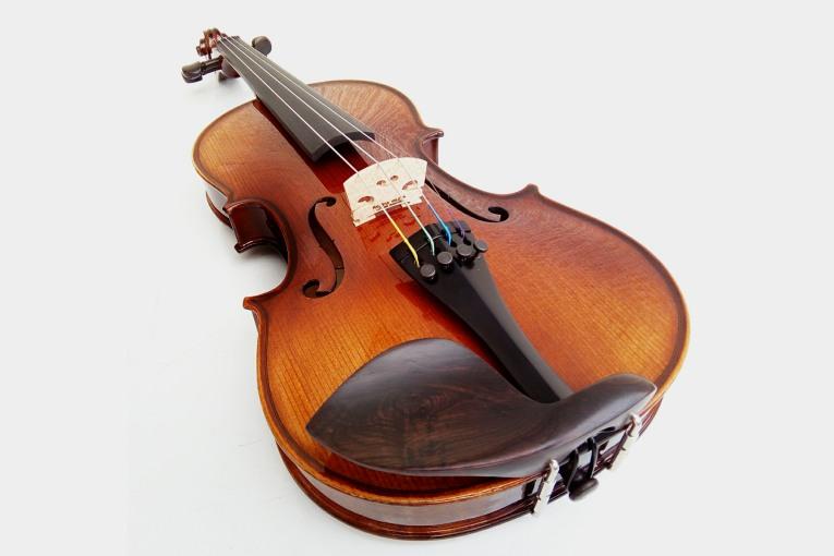 Violín Presto
